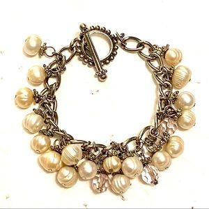 Pearl silver toggle bracelet